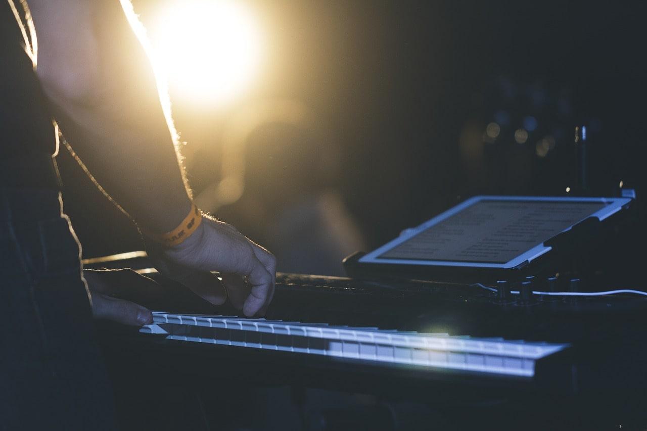 Spartiti Per Pianoforte Facili Con Note Scritte Sotto